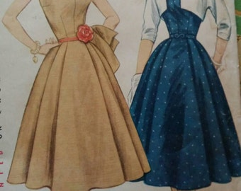 1952 Simplicity Sleeveless Dress with Wide Collar & Bolero Jacket Sewing Pattern 3846, Size 16, Bust 34, Uncut