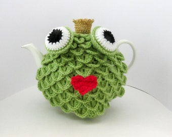 Frog Prince Tea Cosy, Crochet Tea Cosie, Green Tea Cozy, Tea Cozie, Tea Pot Cover, Tea Pot Cosie, Tea Pot Cozie, Animal Tea Cosy, 4-6 cup