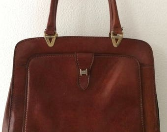 Beautiful vintage brown shiny leather handbag