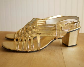 Vintage 1960's Gold Foil Strappy Woven Heeled Sandals 9