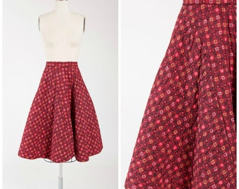 Vintage 50s Skirt • Take Me Away • Red Black Printed Cotton Quilted 50s  Full Skirt Size Small