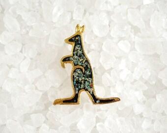 Vintage Kangaroo Brooch - Crushed Rock/Stone - Resin Overlay - Brushed Gold Tone - 1980's
