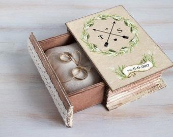 Spring wedding box, Wedding ring box, Green Ring bearer box Personalized ring box Woodland wedding Nature wedding Engagement box Ring holder