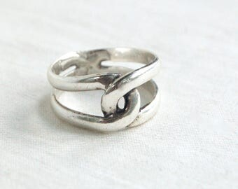 Interlocking Ring Sterling Silver Size 9 Mexican Vintage Unisex Jewelry Romantic Gift Love Knot
