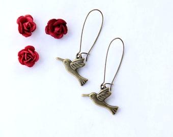 Hummingbird Earrings, Bird Jewelry, Romantic Jewelry, Vintage Style, Simple Earrings, Gifts for Women, Jewelry Under 20, Bird Watcher Gift