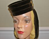 RESERVED...  Vintage 1930-40s Femme Fatale Look!  Velvet Percher Pillbox with Snood Ladies Hat is Tres Film Noir!
