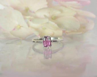 Dainty Gemstone Ring, Dainty Tourmaline Ring, Rainbow Tourmaline Ring, Tourmaline Ring, Tourmaline Jewelry, Small Tourmaline Ring