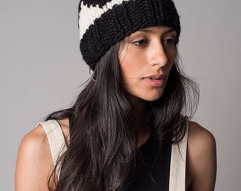 Pom Pom Beanie Ear warmers, Knit Beanie cable, Chunky knit hat textured,  Black and white slouchy, Spring Kids Adult