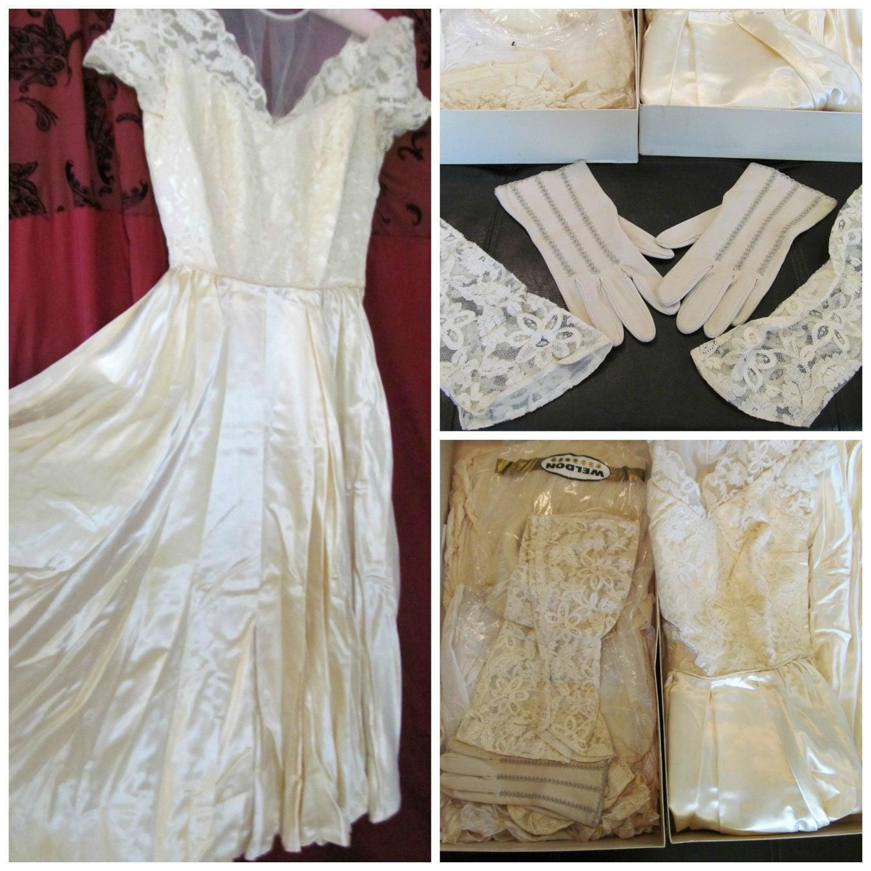 Vintage 50s Wedding Dress Bridal Gown Ivory Lace Satin