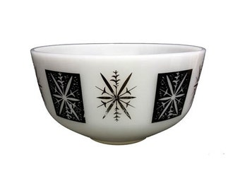 Vintage Federal Milk Glass Bowl - Atomic Starburst Snowflake Ovenware Vintage Mixing Bowl Mid Century Modern Serving Bowl Vintage Dinnerware