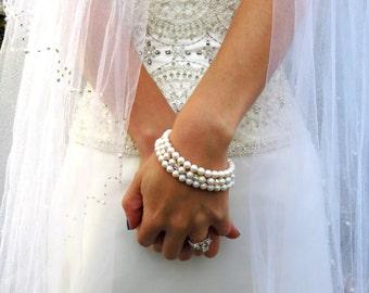 Precious Pearlescent Swarovski Pearl and Crystal Elegant Bracelet