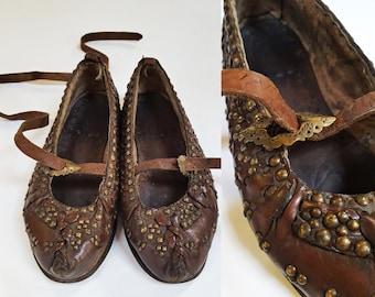 1930s Studded Traditional Leather Polish Highlander Kierpce Folk Shoes / Womens Size 6