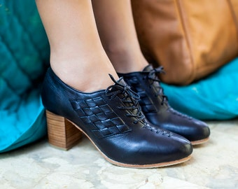 PALMAROSA. Black leather shoes / leather heel booties / oxford heels / leather oxfords. Sizes 35-43. Available in different leather colors