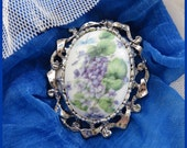 Classic Style Brooch Pin, Violet Floral Silver, Gift Sister, Girlfriend, Mother, Grandmother, Mom, Mum, Gift for Her, Handmade, Australia