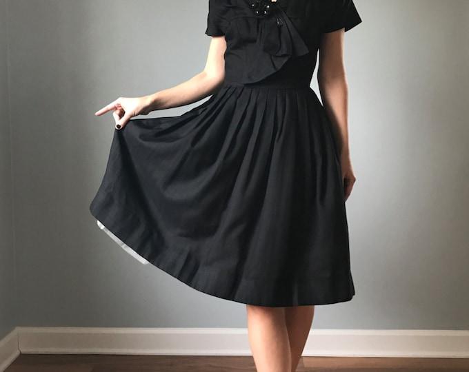 """Vintage 50s Fit & Flare Suzy Perette Dress 26"""" waist"""