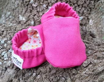 Pattinos Cotton Duck Baby Shoes, Crib Shoes, Booties, Soft Soled Shoes, Hand Printed Shoes, Solid Pink Booties, Canvas Baby Shoes