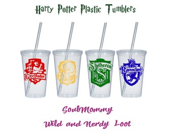 SALE*Hogwarts House Tumbler Water Bottle Slytherin Hufflepuff Gryffindor Ravenclaw