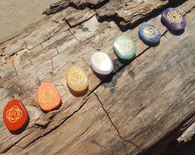 ENGRAVED CHAKRA symbol SET 7 different gemstones - natural stones with golden inlay 1.5-2 inch - Reiki Wicca Pagan Energy-work Tool