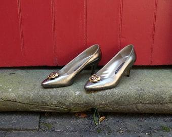 Roland Cartier shoes / 80s high heels / 1980s stilettos / court shoes / womens pumps / designer vintage / metallic gold shoes / UK size 4