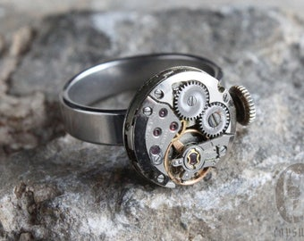Steampunk Industrial Silver Round Stainless Adjustable Ring with Vintage Watch Movement