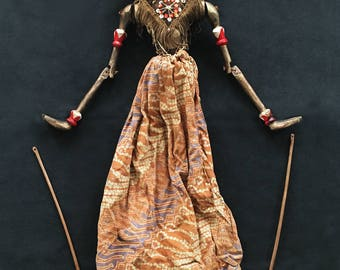 Antique WAYANG GOLÈK Prince RAMA Puppet Traditional Rod Theatre Java Dutch East Indies Indonesia ca. 1930s - Excellent Condition !