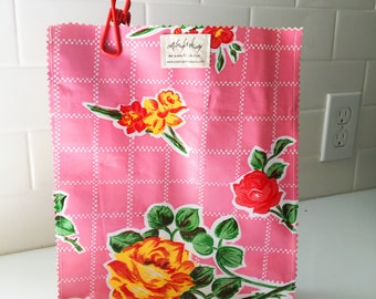 Oil Cloth Lunch Bag in Pink Roses