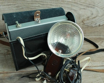 Vintage Soviet Camera Flash Chaika flash Made in USSR 60s Functioning flash tested Black leather case Working flash