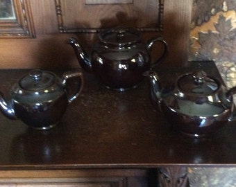 Set of 3 Dark Brown Pottery Tea Pots with Covers