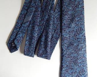 "58"" Salvatore Ferragamo Silk Made in Italy Blue Leaves Mens Necktie Neck Tie"
