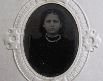 The Angels Adored Her - 1870's Pretty Young Woman With Piercing Eyes Tintype Photograph - Free Shipping