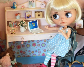 Wooden DESK for BJD dolls Barbie Fashion Royalty Blythe Pullip Monster High dolls diorama dollhouse furniture 1:6