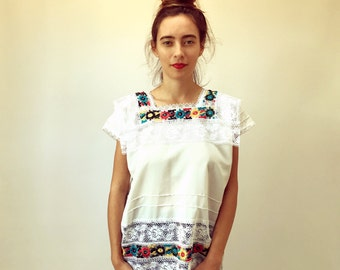 Wildflower Blouse // vintage tunic boho hippie sun bohemian ethnic Mexican embroidered white dress hippy floral // O/S