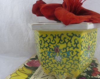 Vintage Asian Hexagon Planter Shabby Chic Footed Planter
