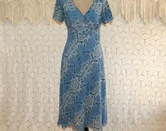 90s Boho Dress Blue India Print Chiffon High Waist Empire Waist Medium Blue Dress Chiffon Dress V Neck Vintage Clothing Womens Clothing