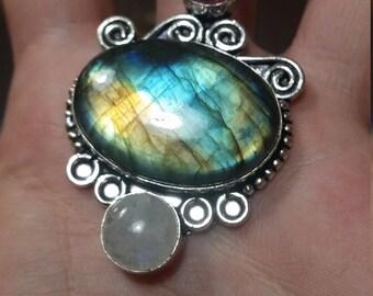 Labradorite Silver Pendant Necklace