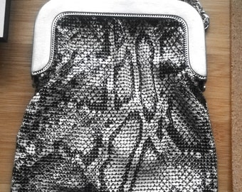 Super Gorgeous Whiting and Davis Mesh Purse - Snakeskin Pattern - Vintage