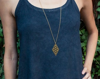 Gold geometric necklace, diamond necklace, geometric jewelry, faceted jewelry, diamond jewelry, Spiritual Necklace, sacred geometry Jewelry