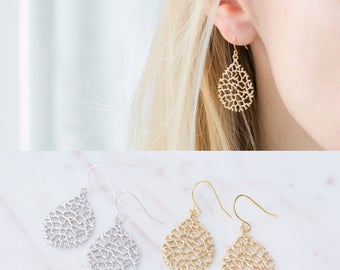 Simple Gold Drop Earrings, Dainty Everyday Silver Dangle Earrings, Bridesmaid Gifts, Gift for Mom, Mother's Day Gift, Teardrop Earrings