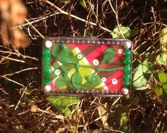 mistletoe belt buckle/ handmade belt buckle/ Christmas belt buckle/ Xmas belt buckle/ love belt buckle/ plaid belt buckle/
