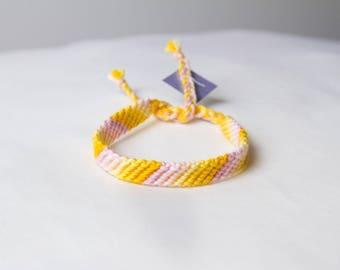 Friendship bracelet 48a - Pastel collection
