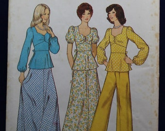 Vintage 1970's Sewing Pattern for Teen's Top, Skirt & Trousers - Style 4593
