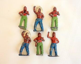 Set of 6 lead Indians, miniature metal  figures, lead figures, made in England  lead Figures, lead soldiers