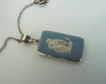 1950's Vintage Silver and  WEDGEWOOD Necklace with chain stunning