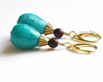 short earrings, turquoise drop, wood beads