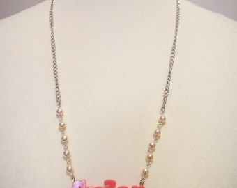 """""""Sugar"""" pink pastel decorated White Pearl Necklace Pearl"""