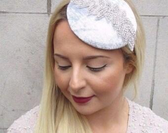 Light Grey Silver Velvet Pillbox Hat Fascinator Hair Vintage Races Clip 40s 2683