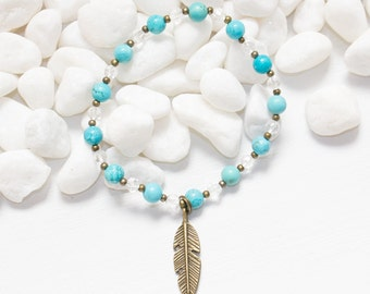 Feather Charm Bracelet, Turquoise Feather Bracelet, Turquoise Stretch Bracelet, Turquoise Bracelet, Turquoise Jewelry, Stacking Bracelet