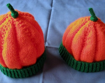 Hand knitted Hallowe'en pumpkin baby beanie hat - 0 to 6 months or 6 to 12 months