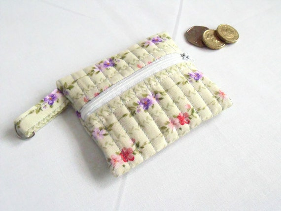 cotton purse, coin holder, key ring purse, key chain wallet, small coin holder, credit card pouch, lilac floral fabric