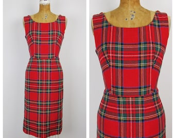 Vintage 1960s Dress / 60s Christmas Plaid Wool Shift Dress / Medium